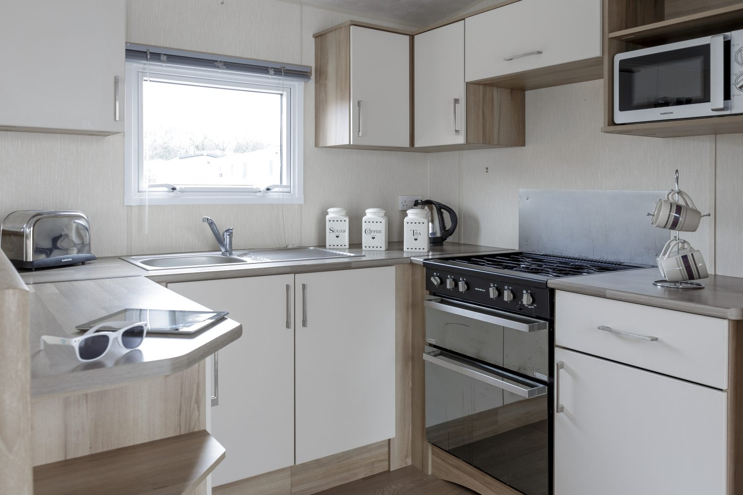 self catering caravan Skinners Farm